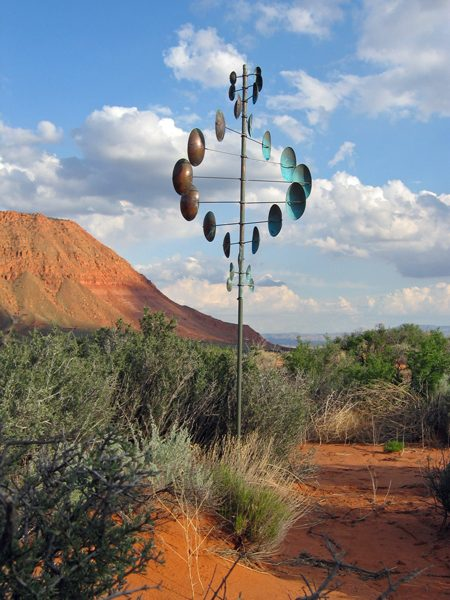 Double-Helix-Vertical-Wind-Sculpture-Lyman-Whitaker-red-desert