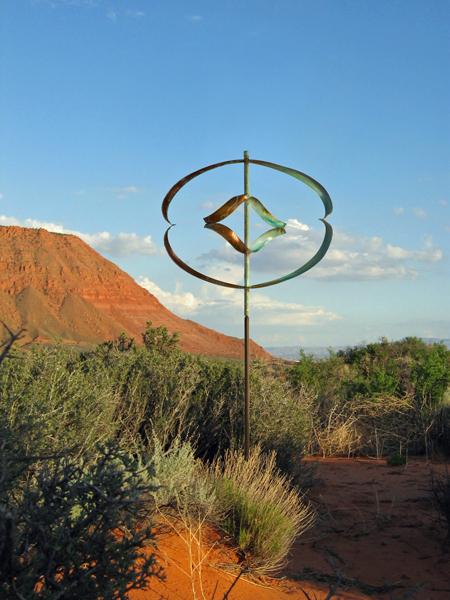 Mirinda-II-Wind-Sculpture-Lyman-Whitaker-red-desert