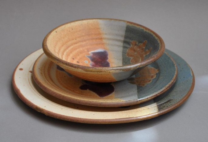 Dinnerware Brown Worthington Gallery